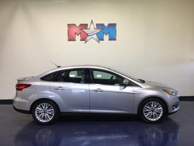 Shelor Used Cars >> Pre Owned 2018 Ford Focus Titanium Sedan 4dr Car In Christiansburg