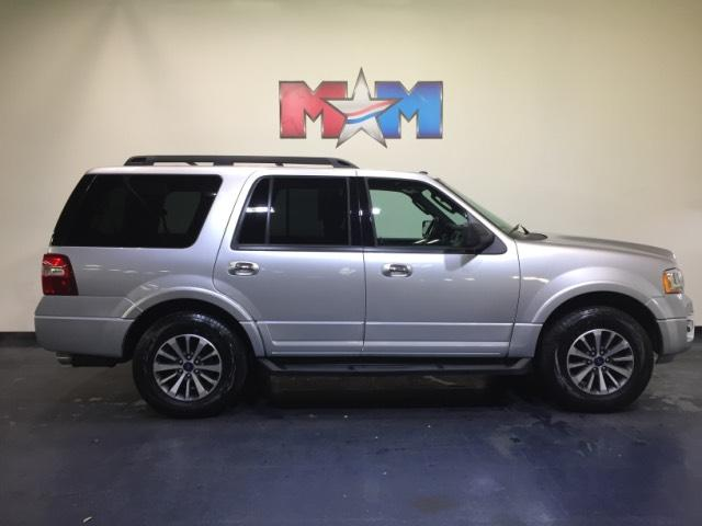 Pre Owned 2017 Ford Expedition Xlt 4x4