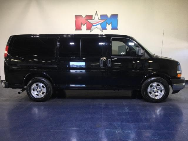 Pre-Owned 2014 Chevrolet Express Passenger AWD 1500 135 LT