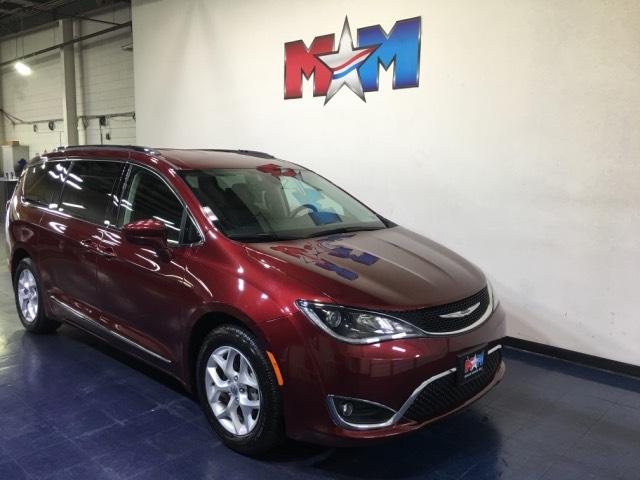 Pre-Owned 2017 Chrysler Pacifica Touring-L Plus FWD