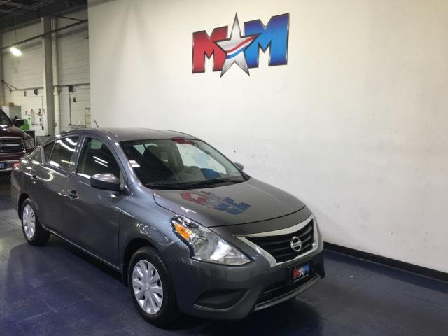 Pre-Owned 2017 Nissan Versa S Manual