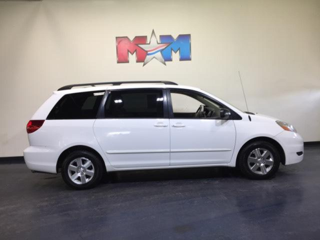 Pre-Owned 2008 Toyota Sienna 5dr 7-Pass Van LE FWD