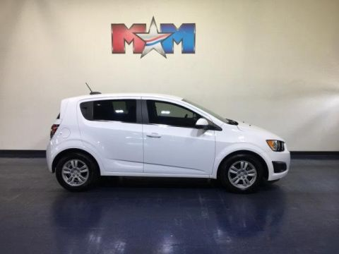Pre-Owned 2016 Chevrolet Sonic 5dr HB Auto LT